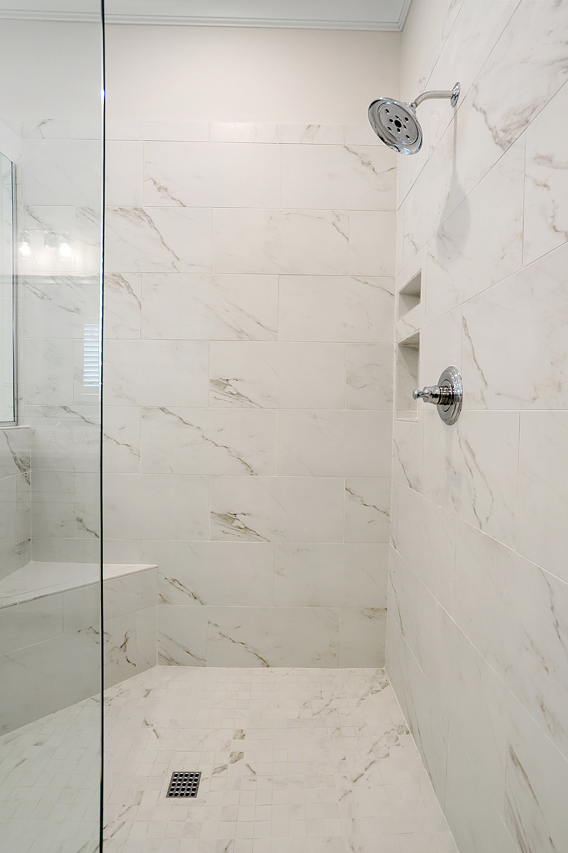 AH15_Bathroom_1