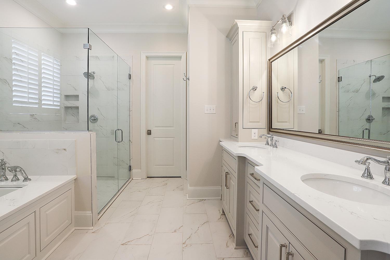 AH15_Bathroom_2