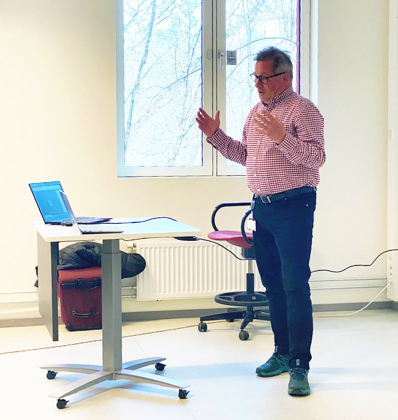 Øyvind Kongstun Arnesen inspired the students with his reflections on and experiences of internationalisation and ethics in the pharmaceutical industry.