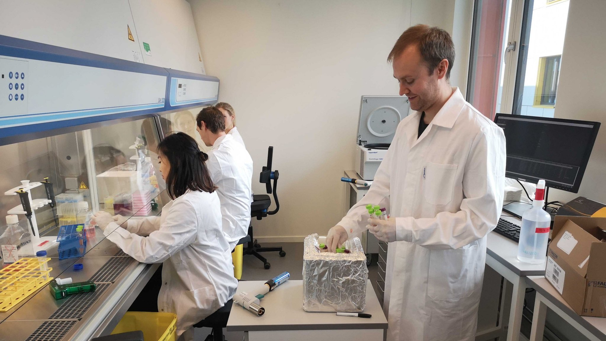 Audun Bersaas, and his team from Vaccibody, working in the Oslo Cancer Cluster Incubator laboratories.