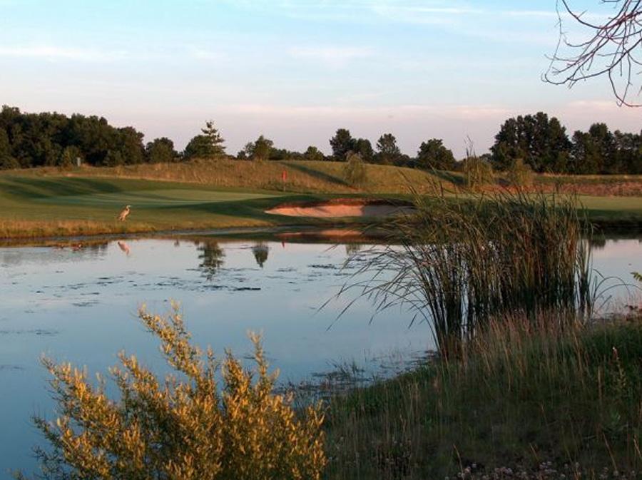 golf pond