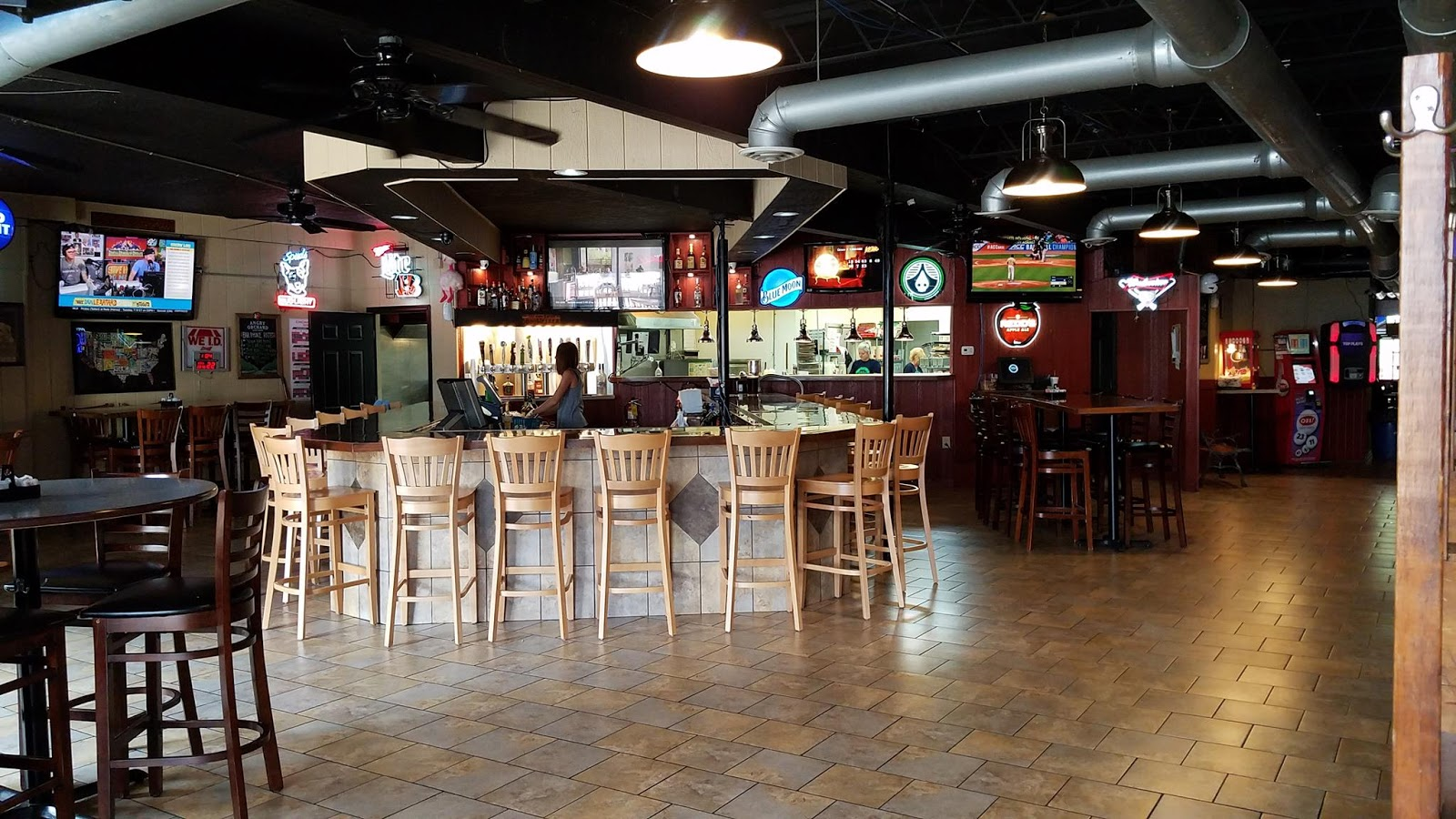 Gibby's Eatery and Sports Bar interior