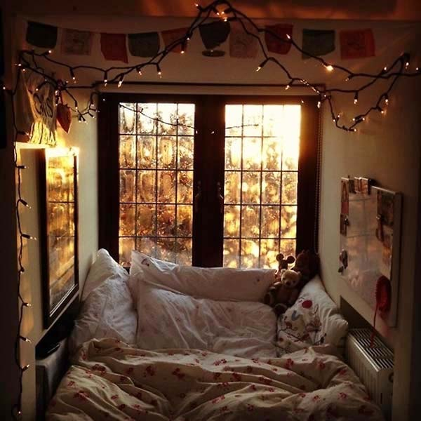 cozy small bedroom