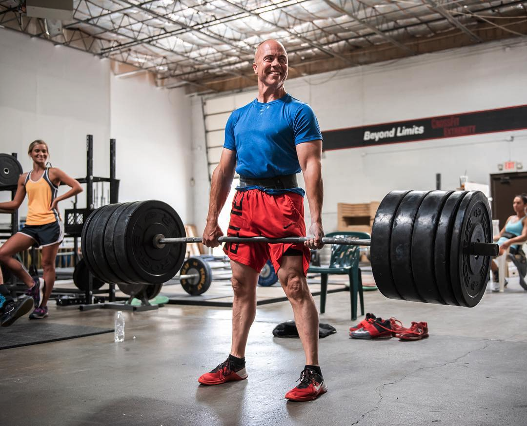 Man powerlifting at Crossfit