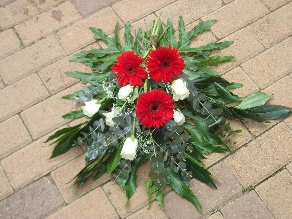 SJ Flowers & Landscaping Sympathy & Funeral Flowers