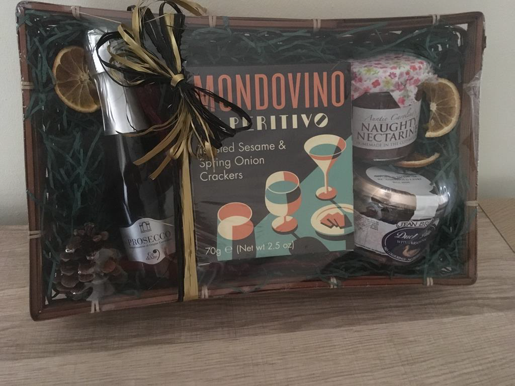 SJ Flowers & Landscaping Gift Hamper