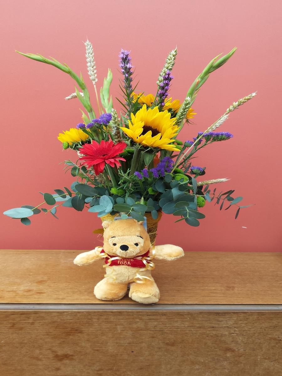 SJ Flowers & Landscaping Flower display