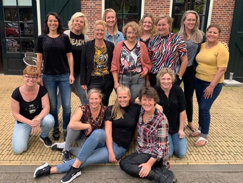De Roode Eenhoorn - Zorgmedewerkers Stichting ZorgSaam