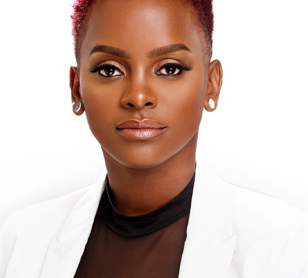 Profile picture of award-winning and celebrity hairdresser Dionne Smith