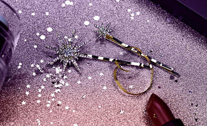 Hairflair Star Flair Hair Clips, £15.95