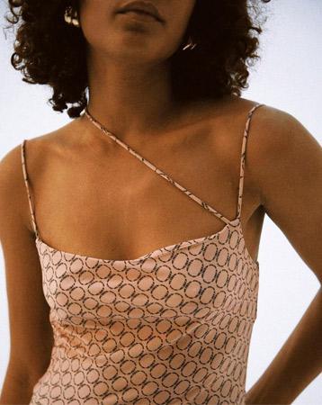 Asymmetric straps