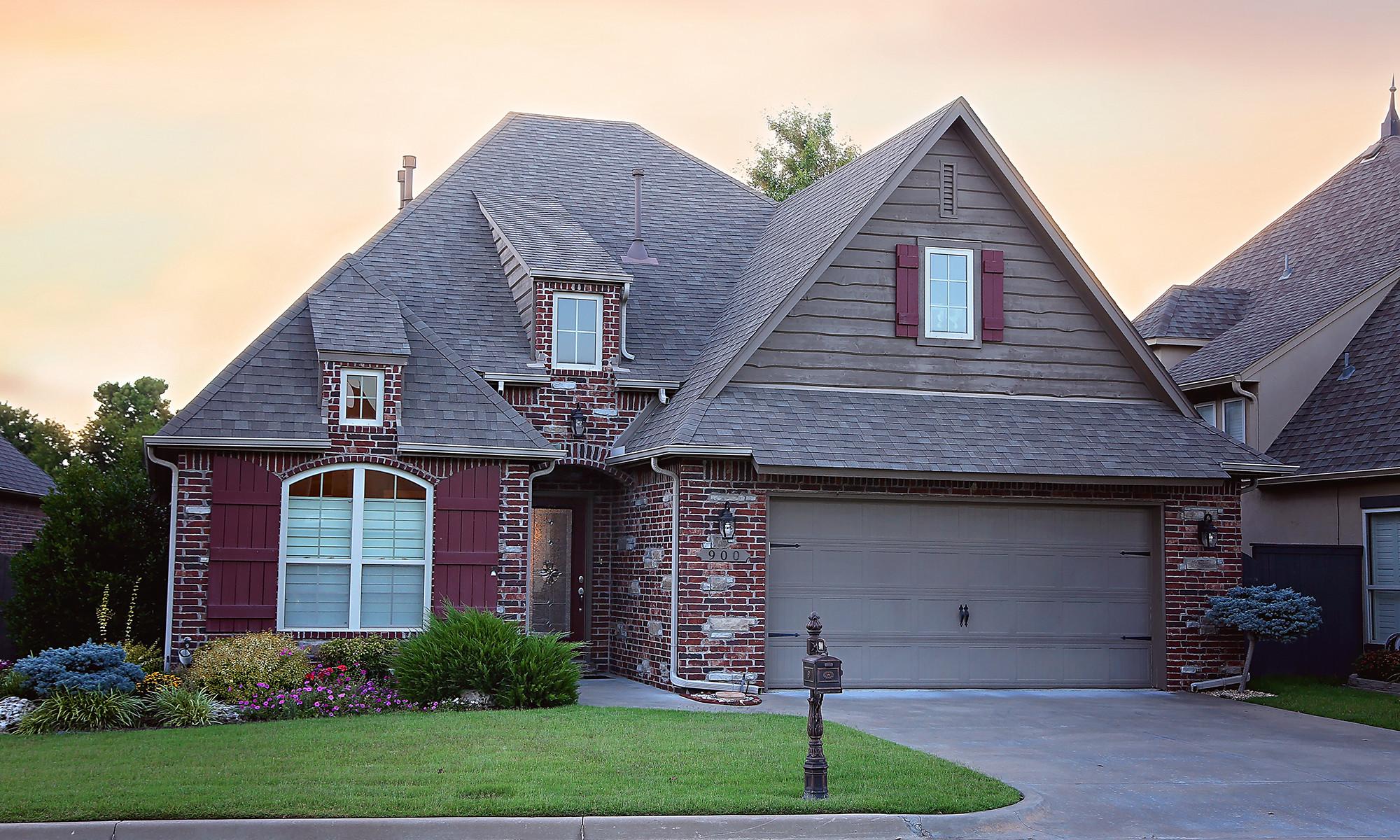 900 Custom Home