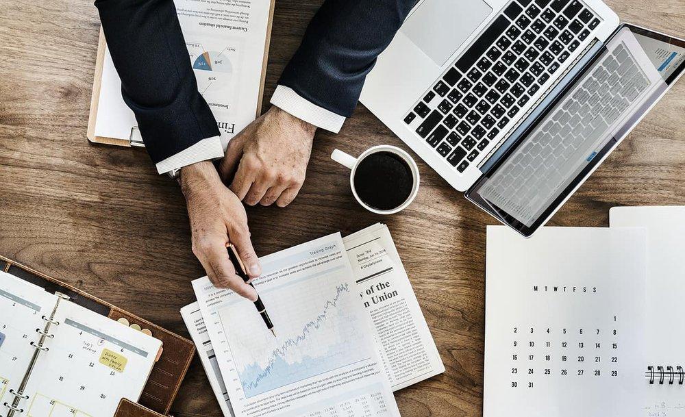 Como expandir uma pequena empresa: [Guia PRO] 11 estratégias + bônus