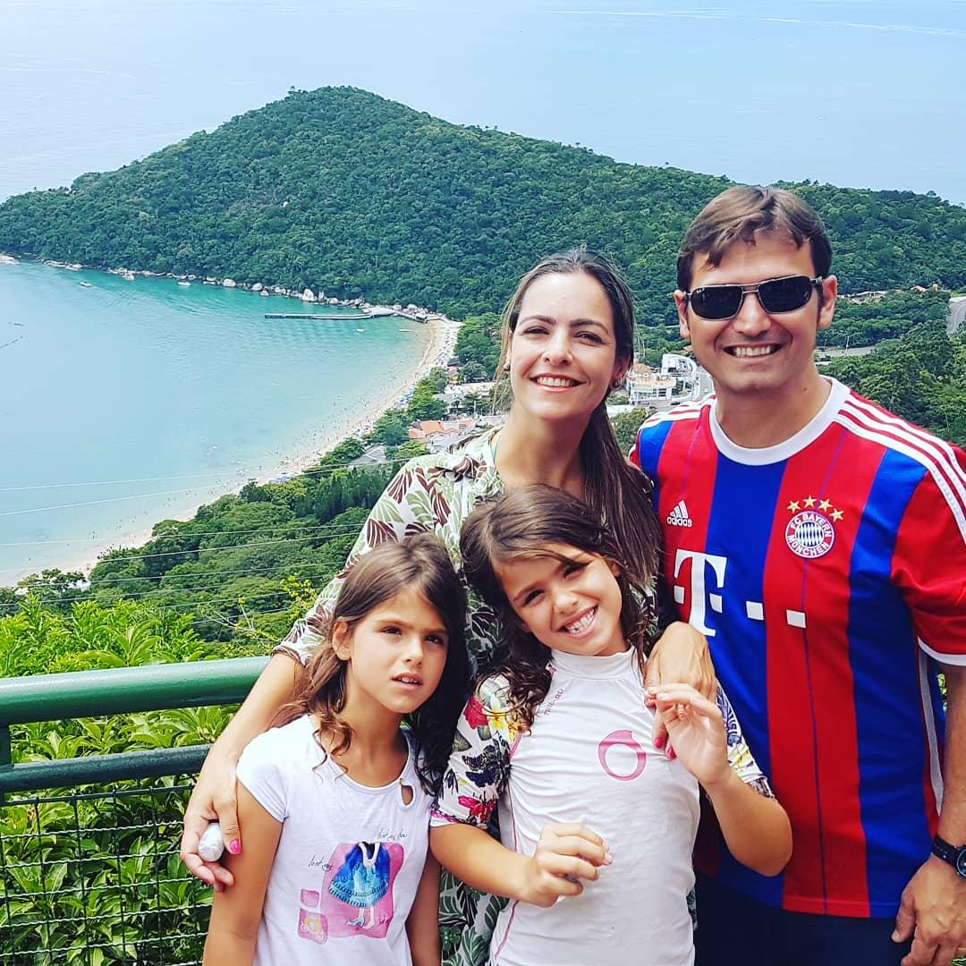6 motivos para colecionar o álbum da copa 2018 com seu filho (e 1 motivo para não colecionar)