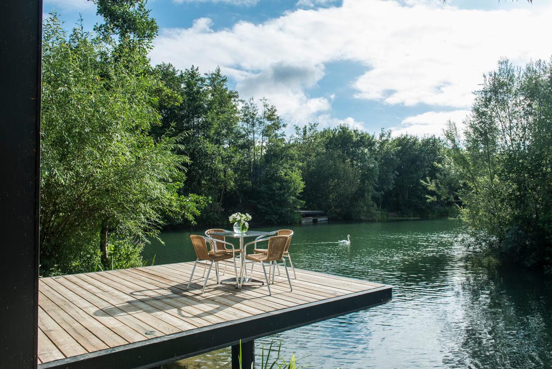 The Island Lodge - Little Horseshoe Lake