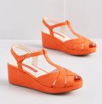 10113752_lovely_as_lemonade_wedge_orange_MAIN