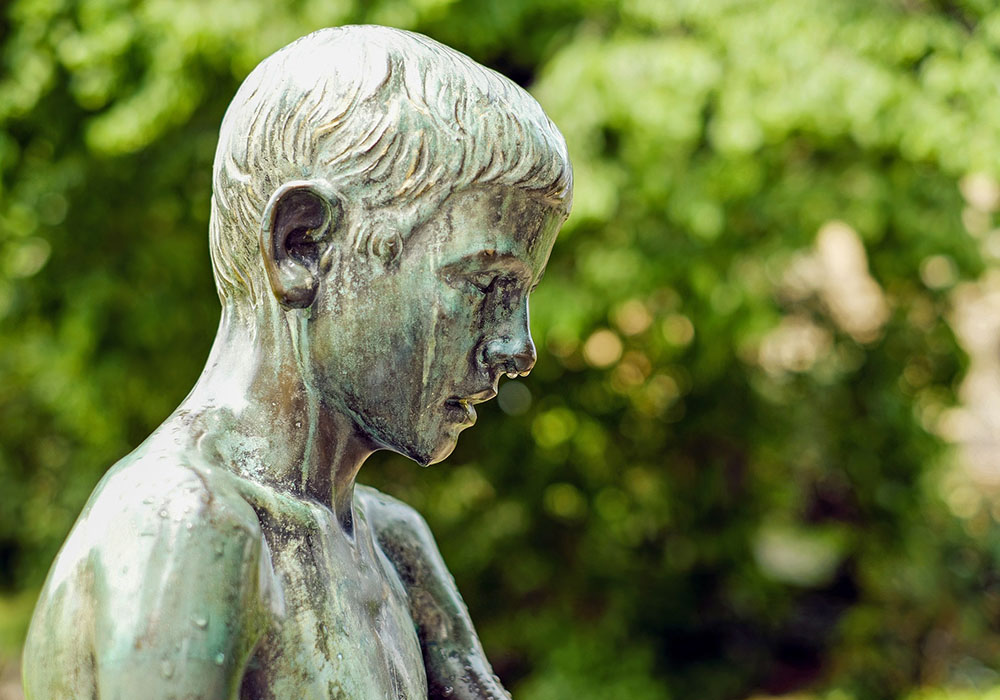 statue of a child