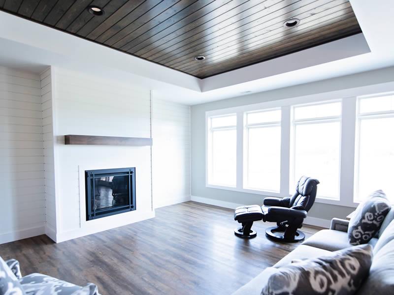 Elegant living spaces by EL Builders