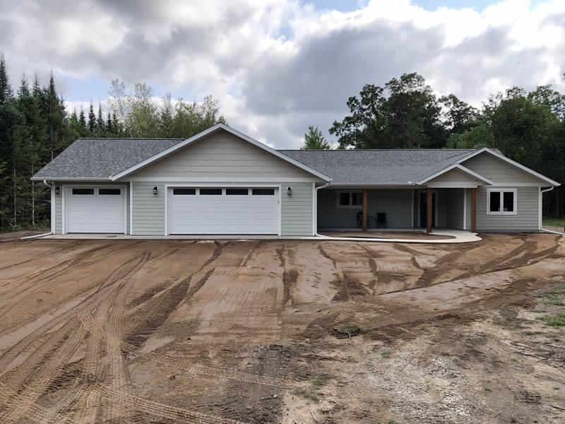 Custom home by EL Builders