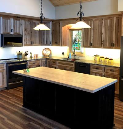Kitchen design by EL Builders LLC