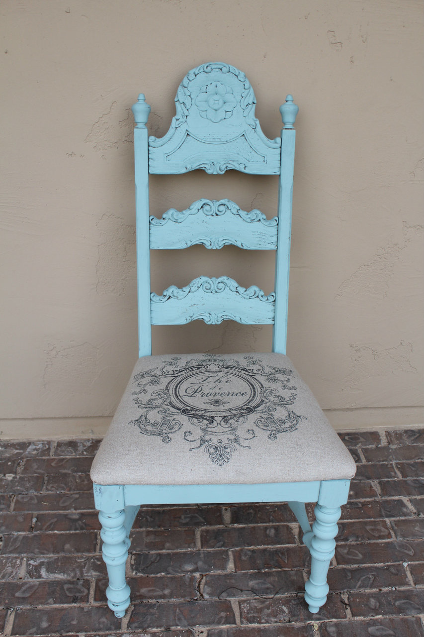 Prime Vintage Upholstered Chair Rentals Crystal Blue Chair 2 Download Free Architecture Designs Scobabritishbridgeorg
