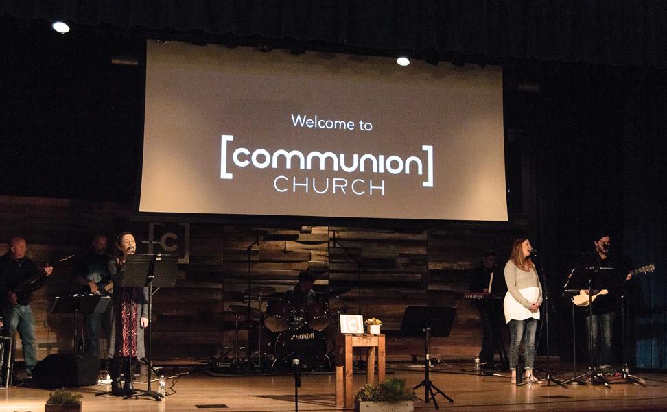 zach-stevens-design-branding-logo-communion-church-screen
