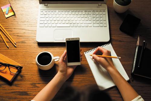 Expertología para Emprendedores: Reflexiones de Marketing para quien inicia en el mundo de los negocios.