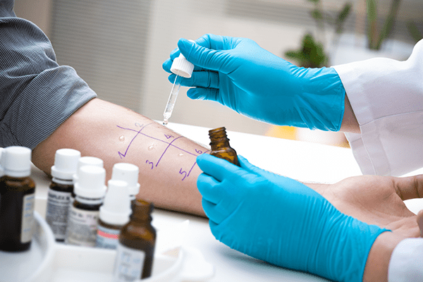 Patients receive comprehensive allergy testing.