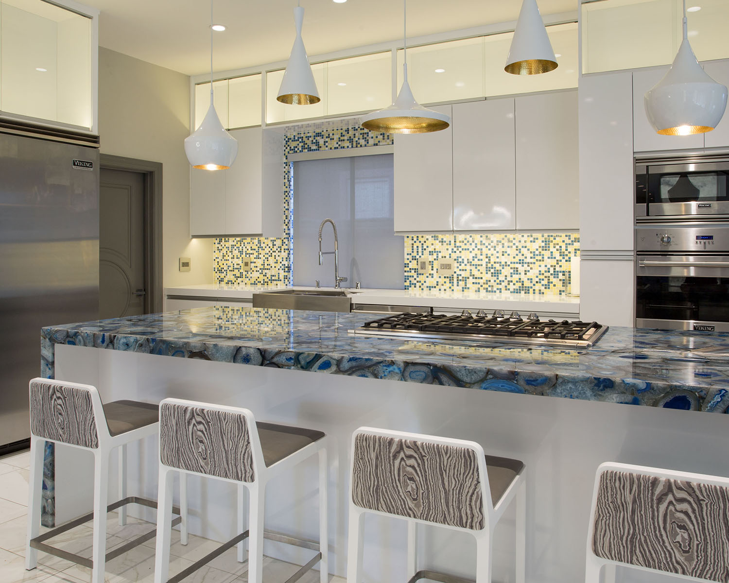 Ozzykdesigns - Contemporary Kitchen