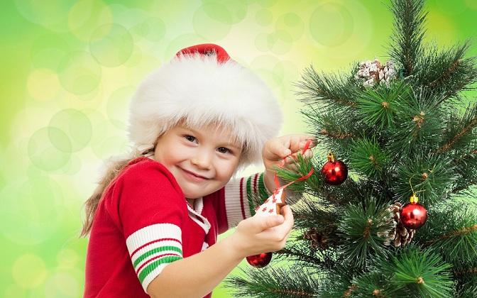 Чем заняться с ребёнком на новогодних каникулах: 5 классных идей