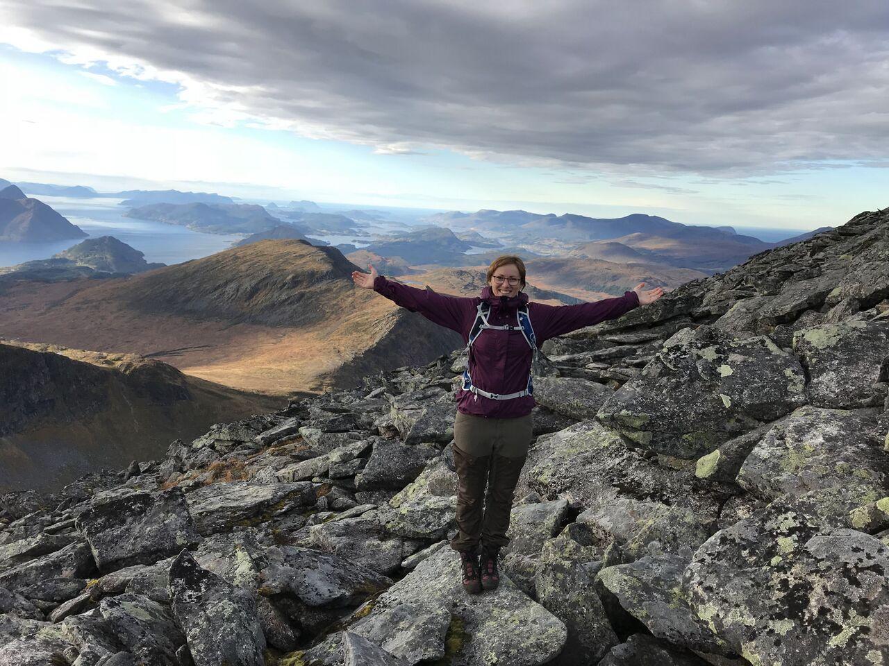 Bilde av Jorun Askeland på fjellet
