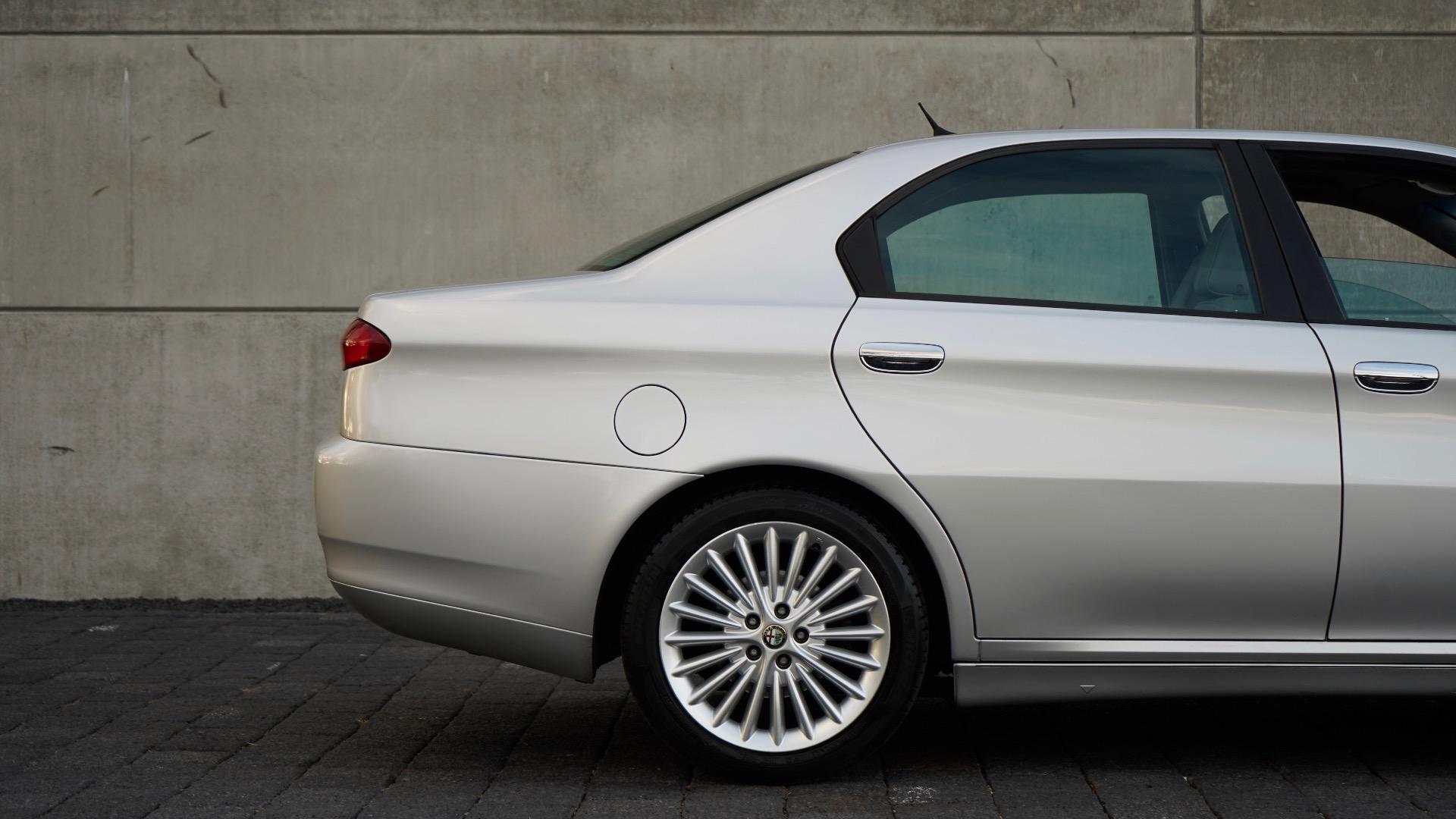 ALFA ROMEO 166 3.0 V6 PROGRESSION