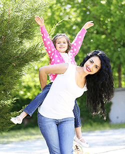 Mother and daughter living ENTallergy free