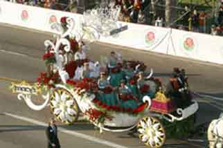 """Queen's Float"""