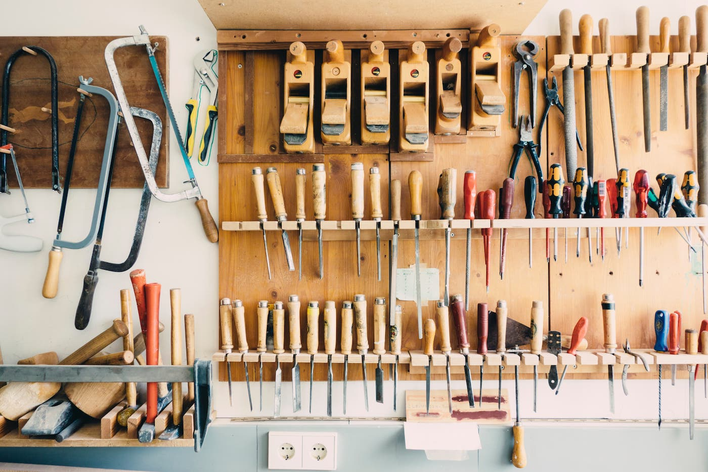 Competency with your organisational tools is important for when considering a remote contract hire.