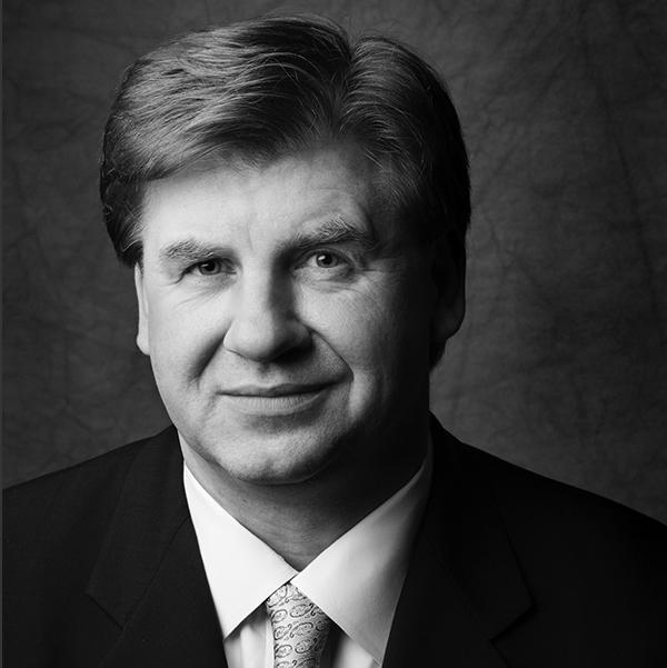 Dr. Stewart Shofner