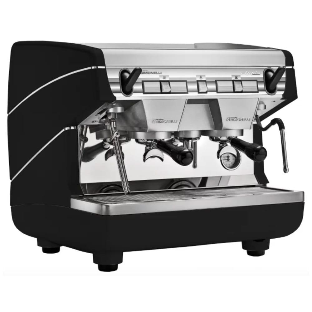 Фото сбоку рожковой кофемашины Nuova Simonelli Appia II Compact 2 Gr S с высокими группами