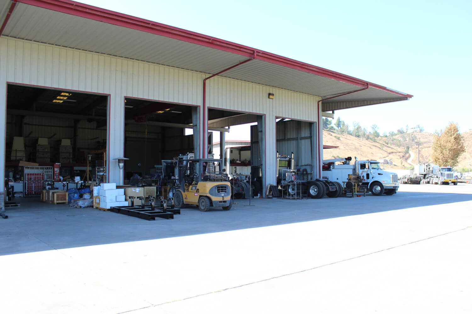 Truck Repair & Fabrication Shop
