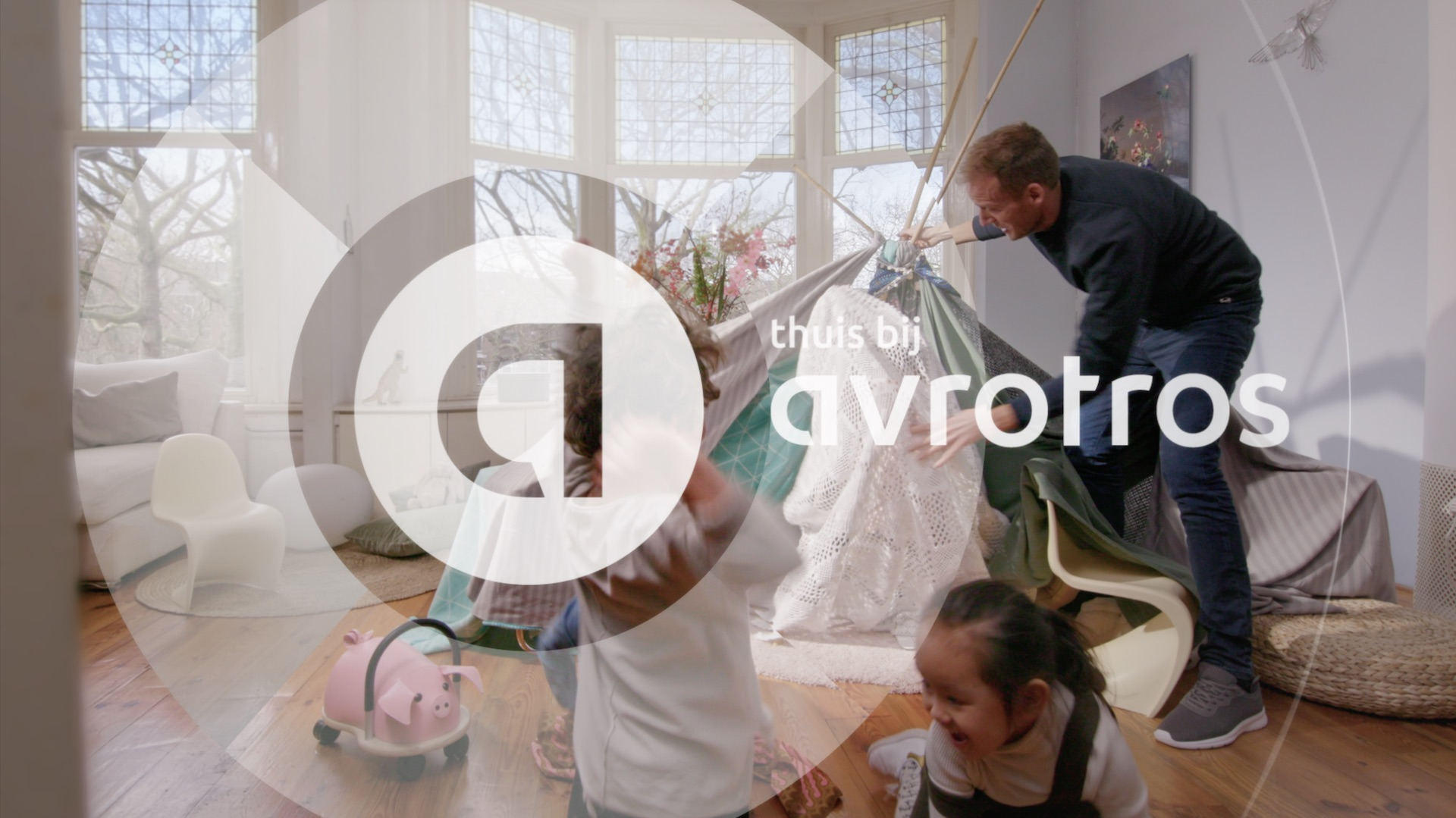 at home with avrotros thuis bij opener leader ident bumper logo