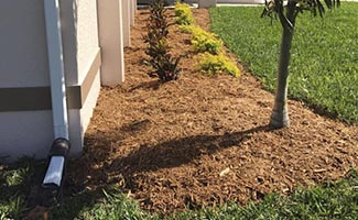 Mulch installation service in Cape Coral and Fort Myers Florida