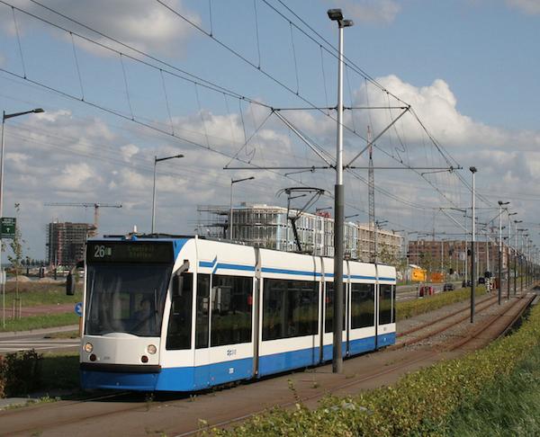 GVB Amsterdam heeft E&W Plus ingeschakeld om Tramtunnel Piet Hein van nieuwe led verlichting te voorzien