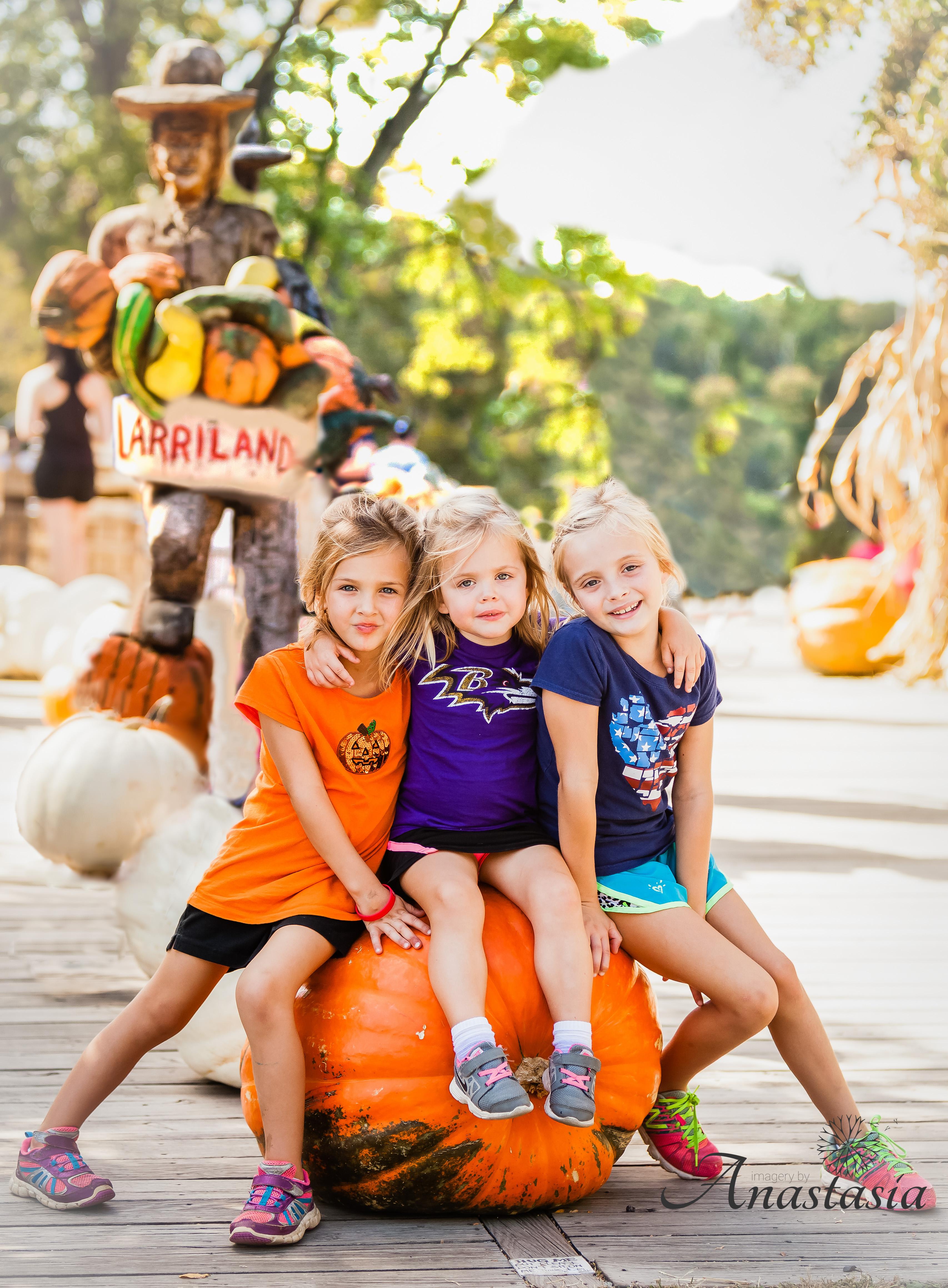 Girls with a Pumpkin