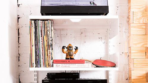 white shelf design for vinyl records and record player storage