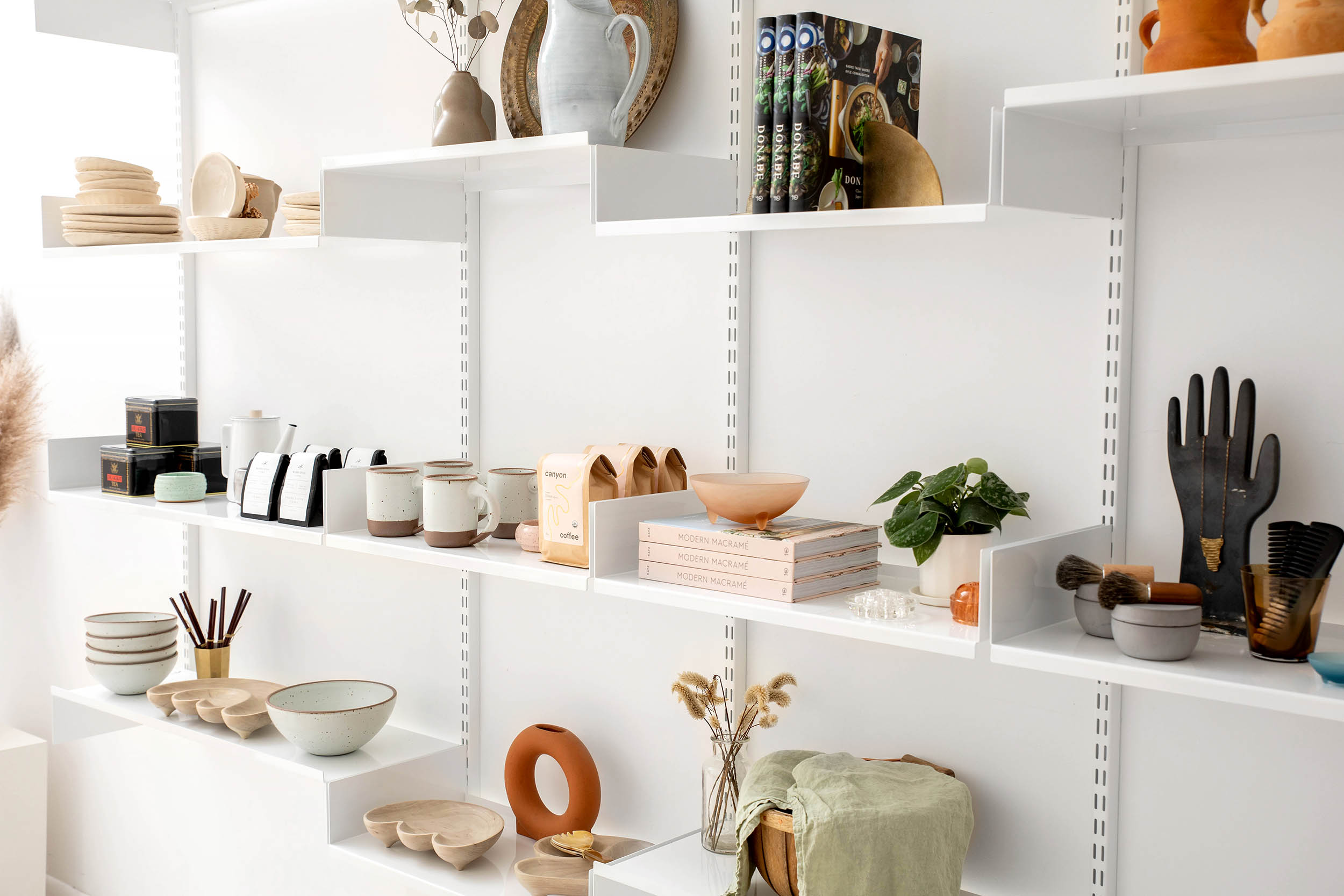 white shelf design