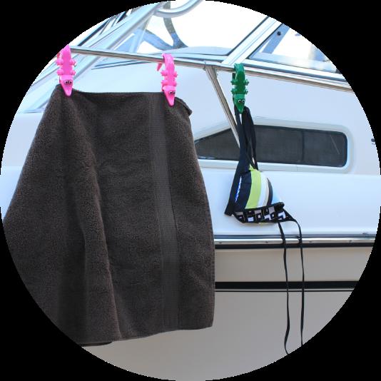towel hanging