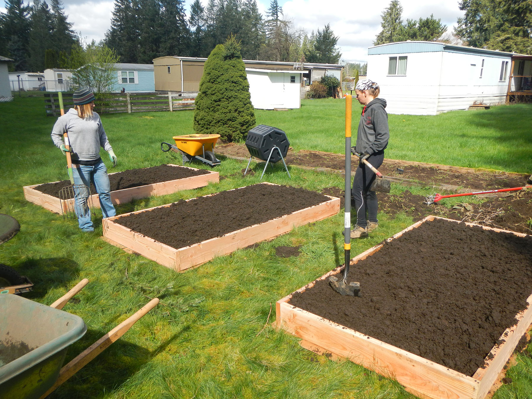 Apply for a Free Victory Garden!