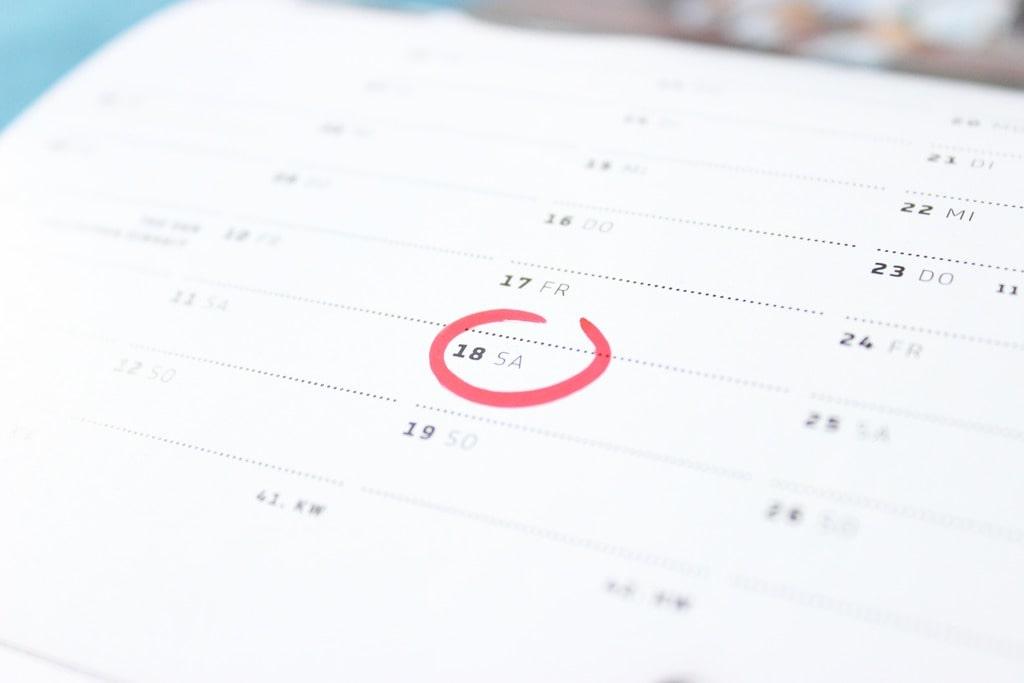 Defina uma data de corte para ser mais organizado com seus emails