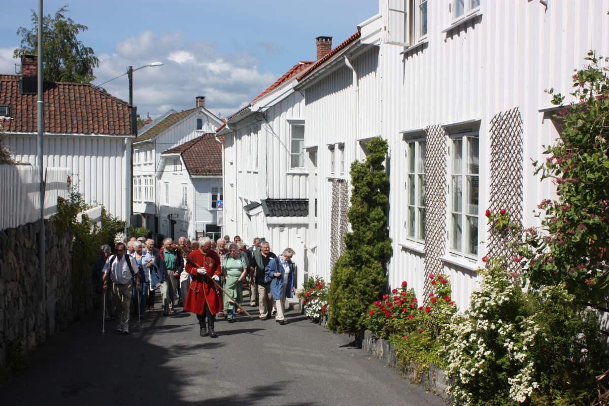 Guided walks in Risør town center