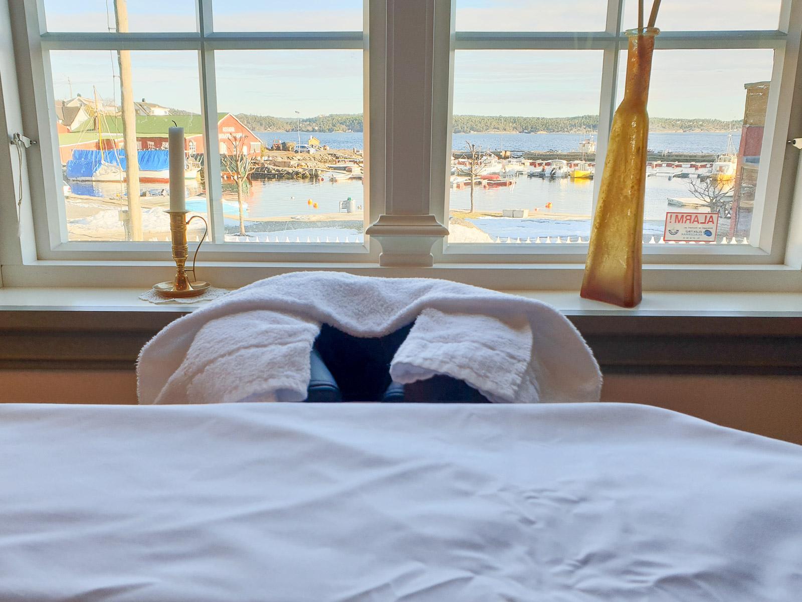 Massage bench in hotel suite