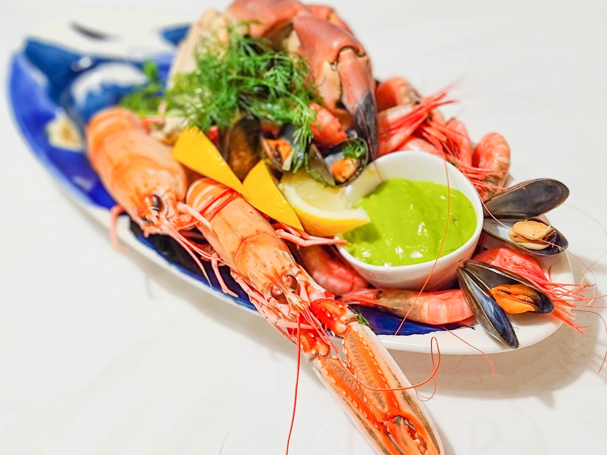 A shellfish platter